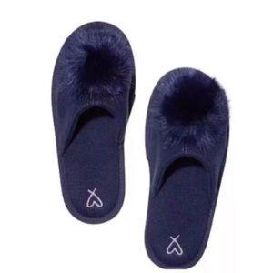 Victoria Secret Pom Pom Slippers Size L in Navy